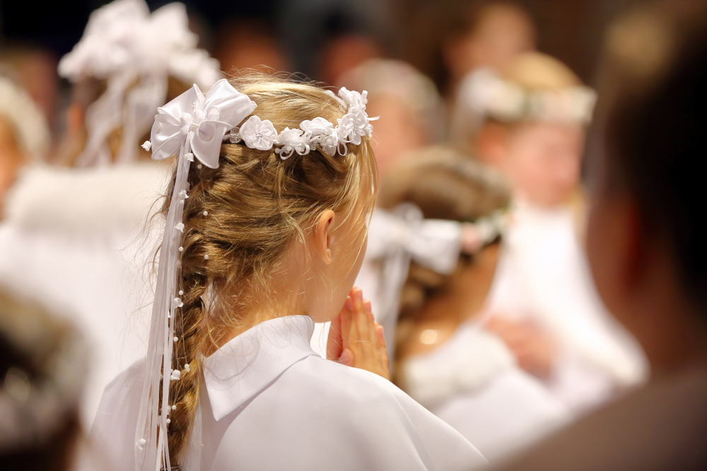 Five ways for parents to prepare children for First Holy Communion