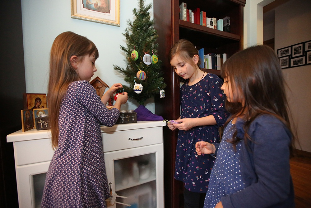 Your Best Ideas for Celebrating Advent